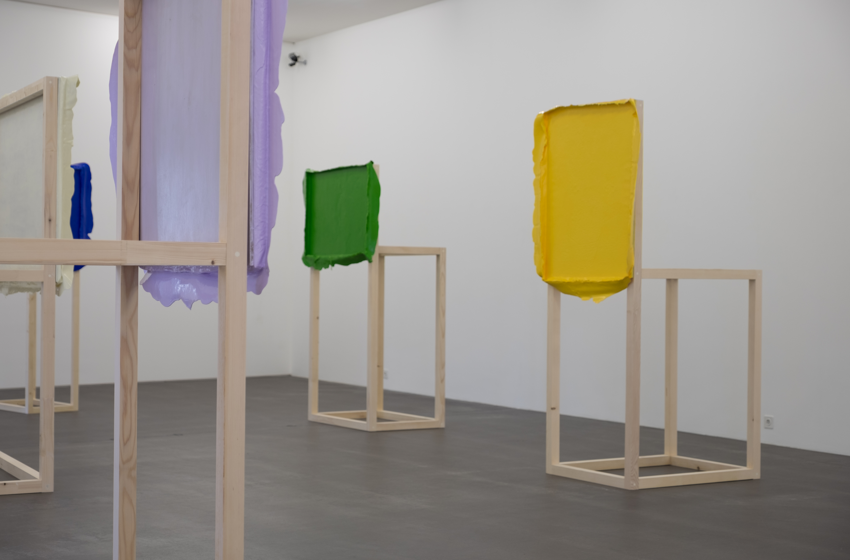 """Anna Amadio, """"Die Autonomie der Farbe - The closest I could get"""", Saalaufnahme (Ausschnitt), Copyright: Amadio_Hadorn"""