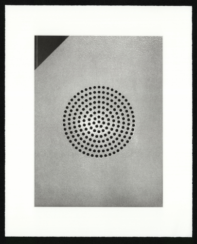 Christian Marclay, «Sound Holes 2», 2005, Heliogravüre auf Papier